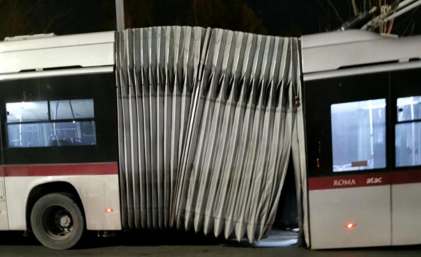 Atac perde 135 autobus