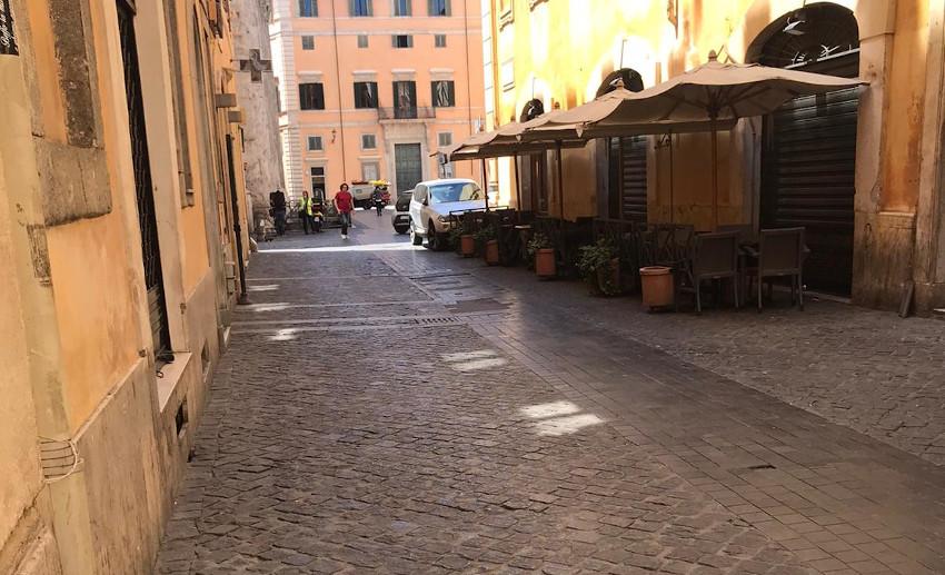 Locali vuoti a Roma