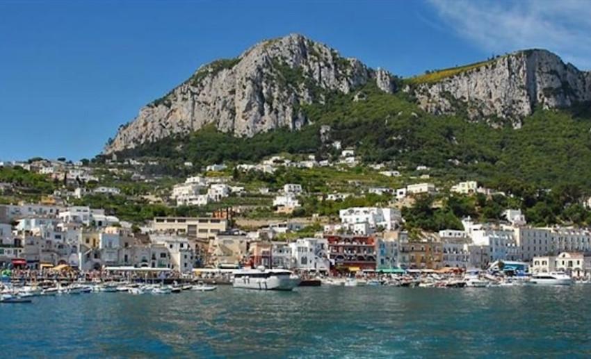 Tre romani positivi, Capri