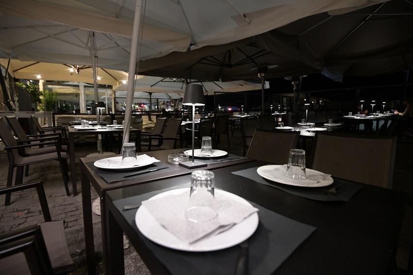 ristorante deserto dopo le 18