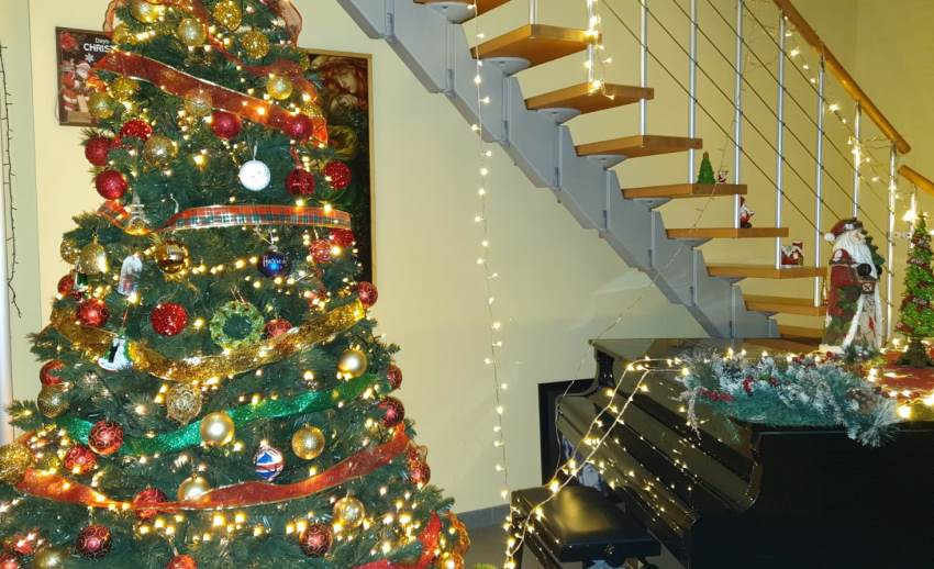 Babbo Natale, Gesù Bambino, albero di Natale