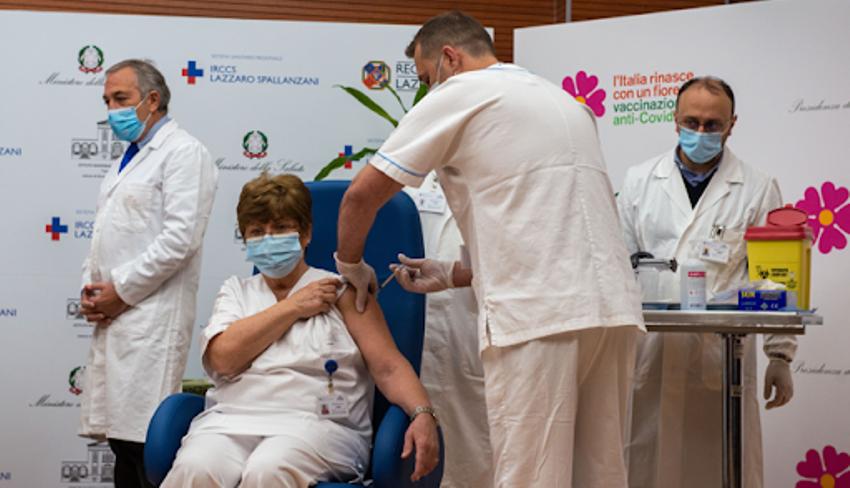 vaccinazione covid giro spallanzani priorità vaccinale