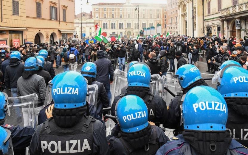 manifestazione ristoratori casapound ioapro roma covid