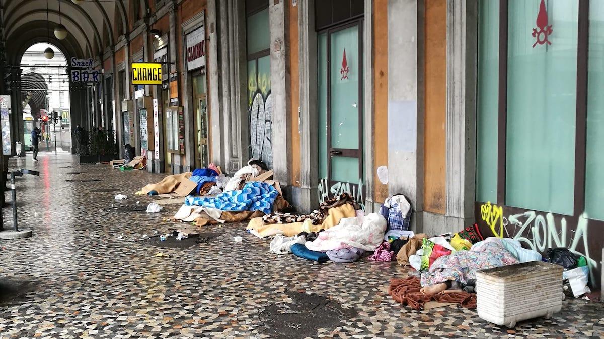 Clochard Piazza dei Cinquecento