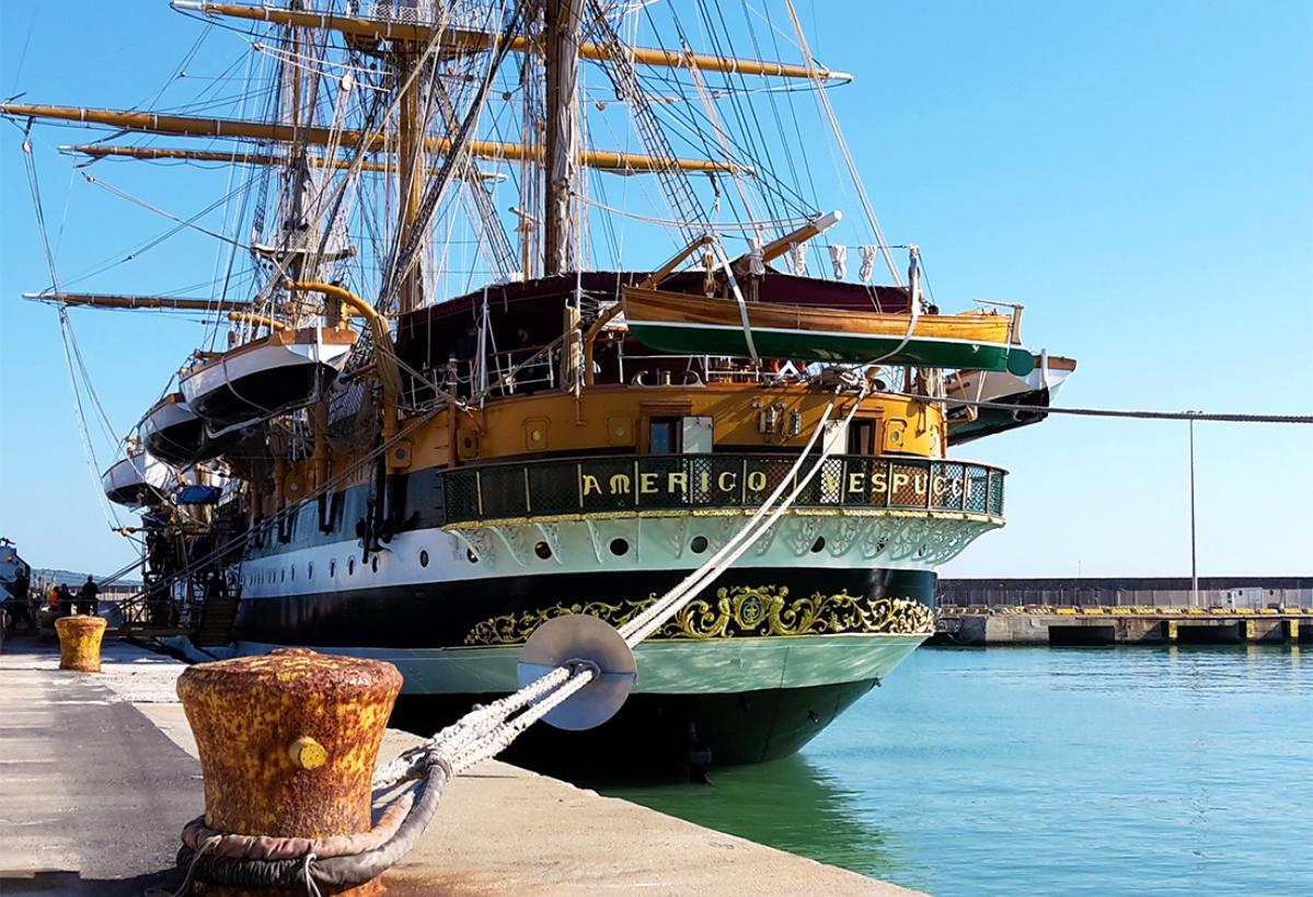 la nave amerigo vespucci