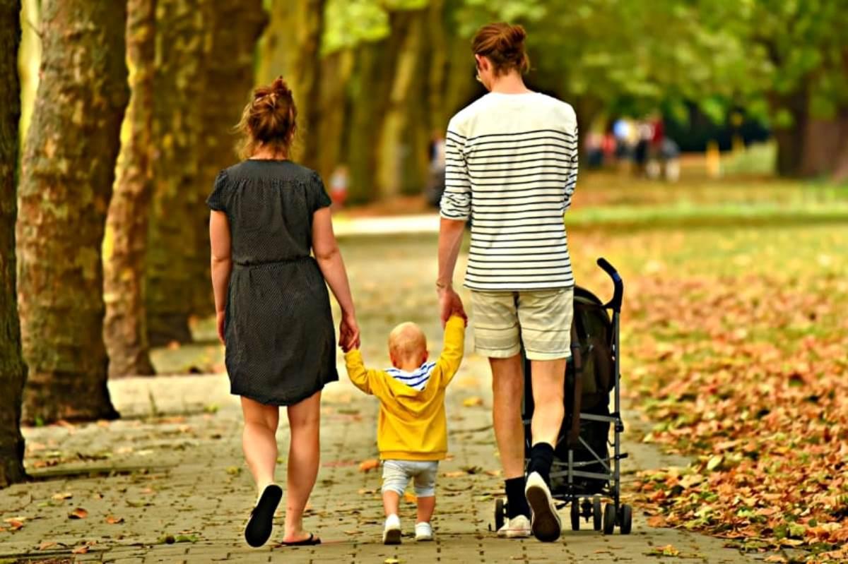 passeggiata famiglia, passeggino