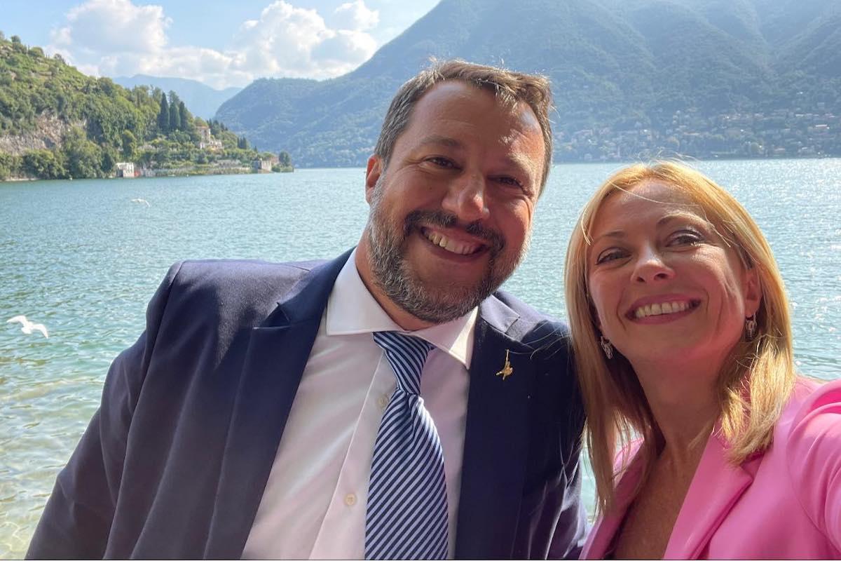 Matteo Salvini e Giorgia Meloni sul lago di Como