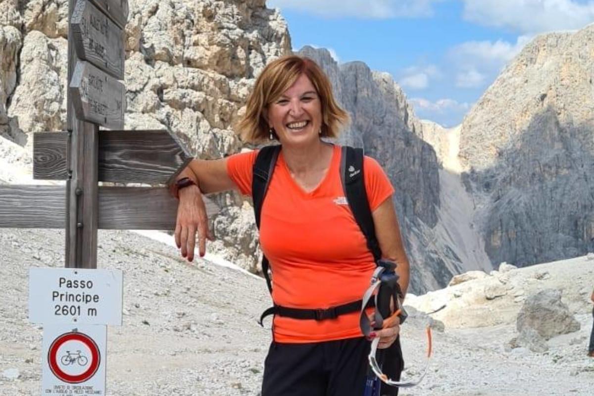 Una foto raffigurante Laura Ziliani in escursione in montagna