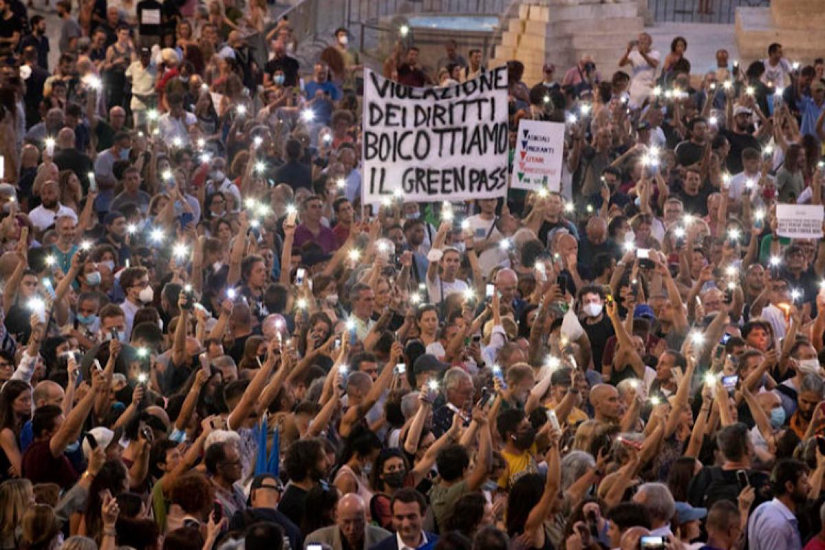 manifestazione no green pass a roma